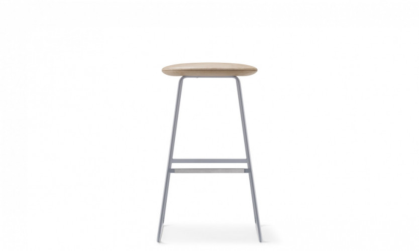 Tempt Stool 30 GrBl Front SG