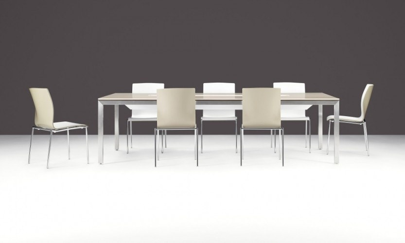 Axis Two Tone with Table