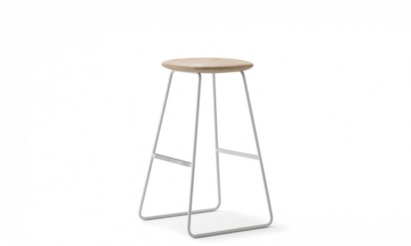 Tempt Stool 30 Stn 3.4 SG